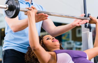 Behöver du hjälp med din träning? Lugn, vi hjälper dig med att ta fram ett träningsupplägg som tar dig närmare dina mål. Vi har lång erfarenhet av träning på olika nivåer och kan hjälpa dig med allt från grenspecifik träning till hälsoförbättrande träning.